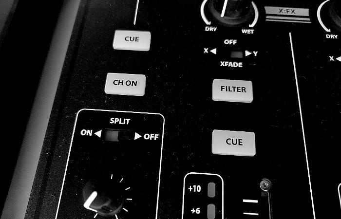 DJ Mixer Split Cue - 16-01-21