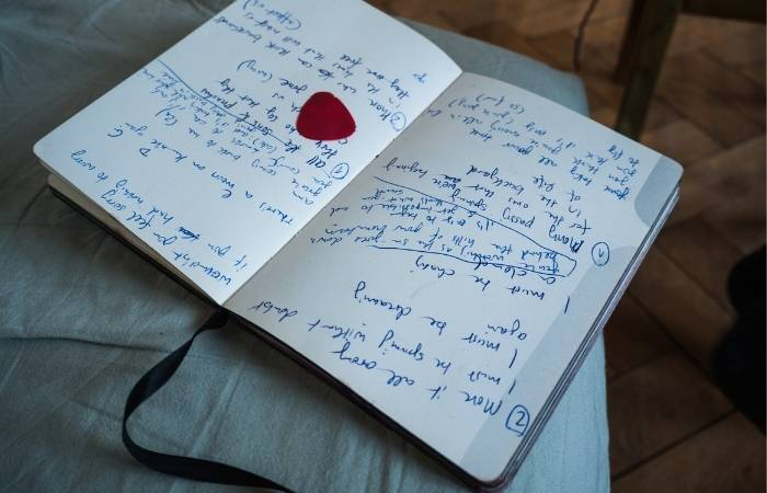7 Steps How to Write a Song From the Heart