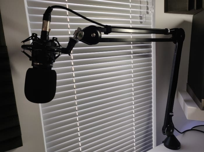 AT2020 and Rode Boom Arm set up