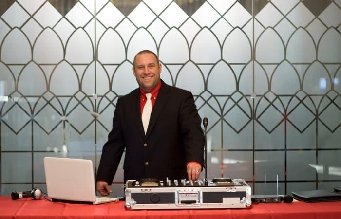 Earn money being a Wedding DJ