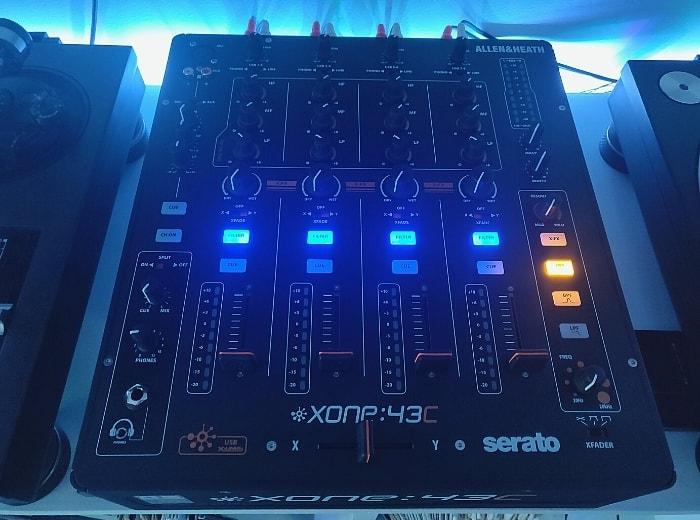 Allen & Heath Xone 43c - DJ Mixer