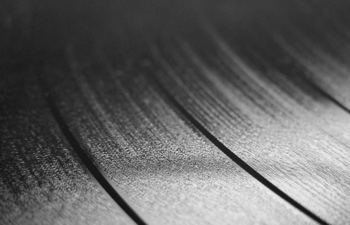 Vinyl Song Structure - if you look closely at the piece of vinyl, you will be able to see the song's structure from the grooves.