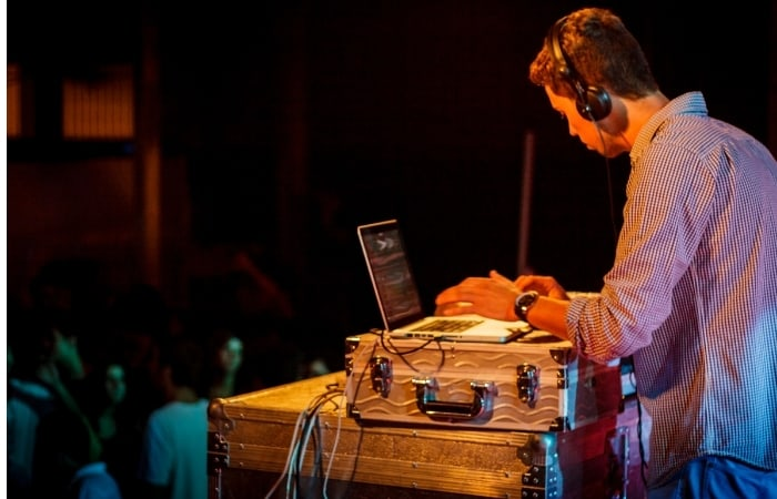 DJ at parties and weddings to earn money -